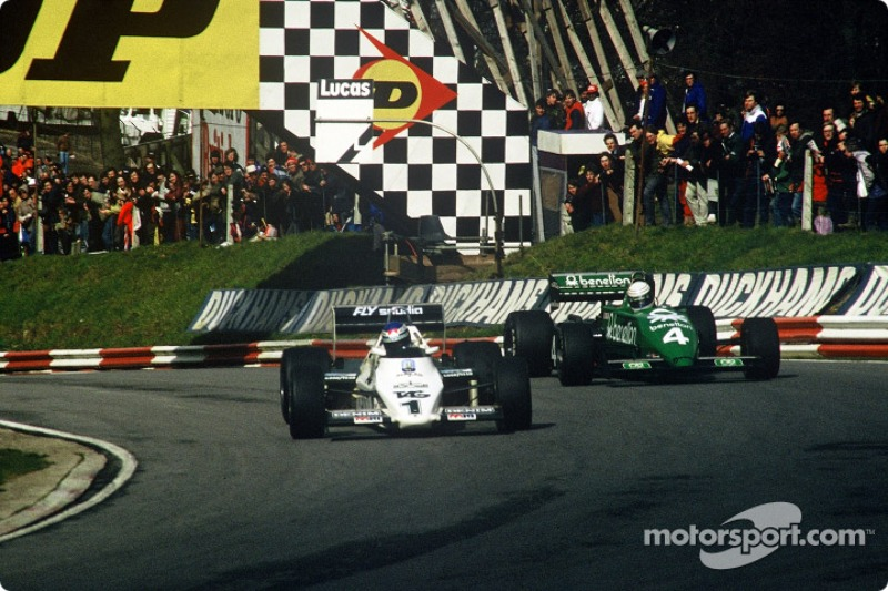 Keke Rosberg, Williams-Cosworth FW08C battles ve Danny Sullivan