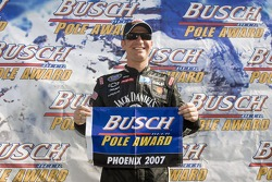 Pole position pour Clint Bowyer