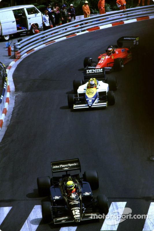 Ayrton Senna leads Nigel Mansell and Michele Alboreto