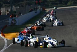 Niall Quinn, AM-Holzer Rennsport GmbH and Kevin Mirocha, Josef Kaufmann Racing