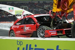 Semi final 2: Andy Priaulx damaged Solution F car