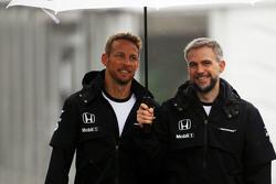 Jenson Button, McLaren avec Steve Cooper, McLaren