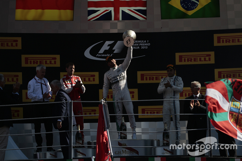 Podium: race winner Lewis Hamilton, Mercedes AMG F1 Team, second place Sebastian Vettel, Ferrari, third place Felipe Massa, Williams