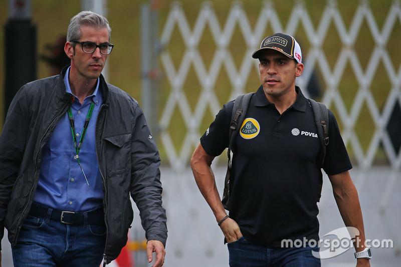 Пастор Мальдонадо, Lotus F1 Team з Alessandro Alunni Bravi, Менеджер гонщика