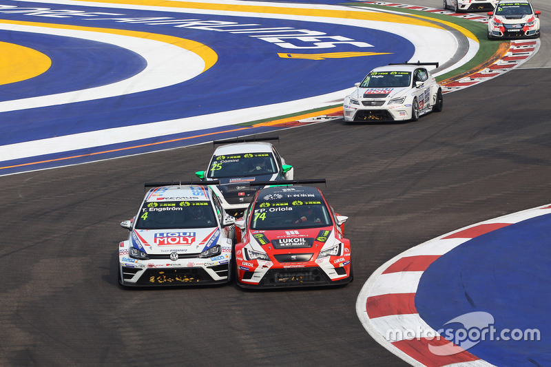 Tomas Engstrom, Volkswagen Golf TCR, Liqui Moly Team Engstler; Pepe Oriola, SEAT Leon, Team Craft-Ba