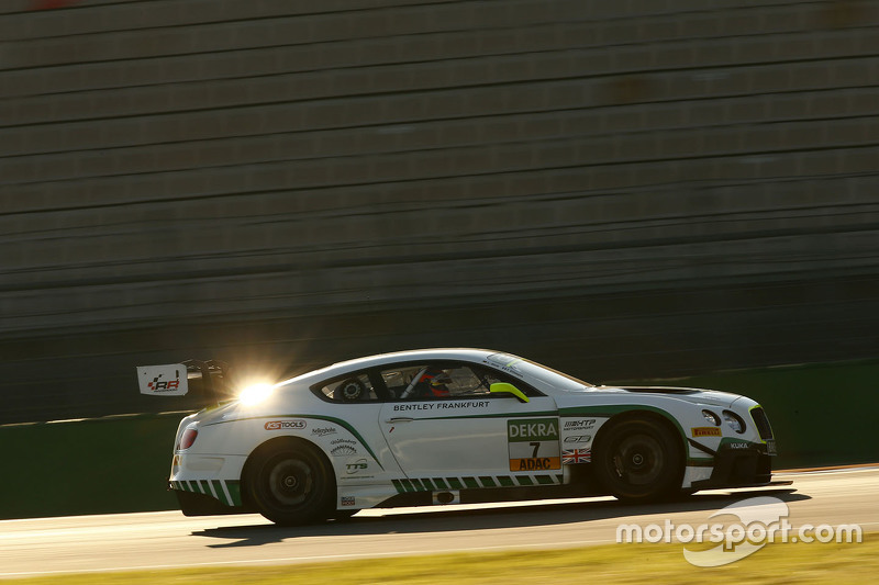 #7 Bentley Team HTP Bentley Continental GT3: Tom Dillmann, Лука Штолц