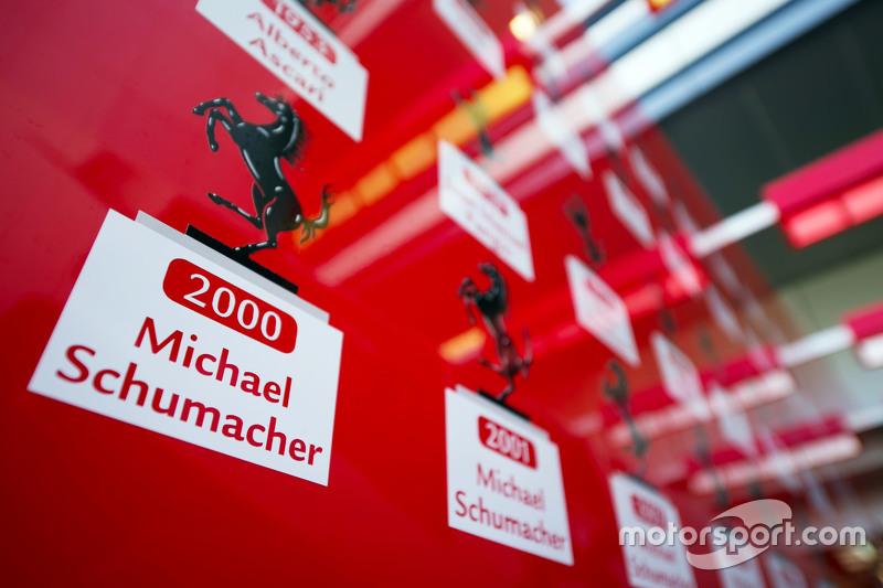 Lista de Campeones del Mundo incluido Michael Schumacher de Ferrari