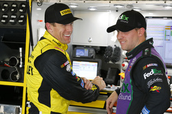 Carl Edwards, Joe Gibbs Racing Toyota and Denny Hamlin, Joe Gibbs Racing Toyota