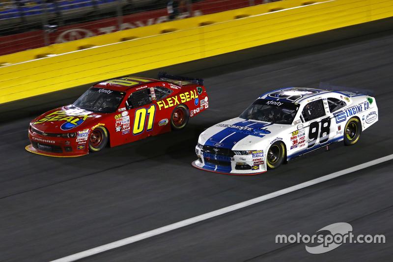 Landon Cassill, JD Motorsports Chevrolet, and Ryan Truex, Biagi-DenBeste Racing Ford