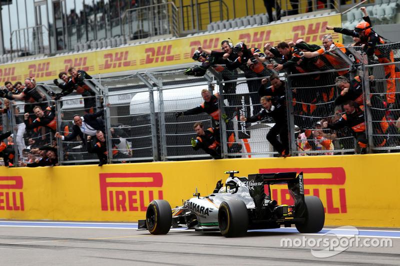 Перес вновь вышел на третье место, на котором и финишировал. Этот подиум стал для него третьим в Ф1 и третьим для Force India