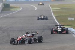 Felix Rosenqvist, Prema Powerteam Dallara Mercedes-Benz and Alexander Albon, Signature Dallara Volkswagen