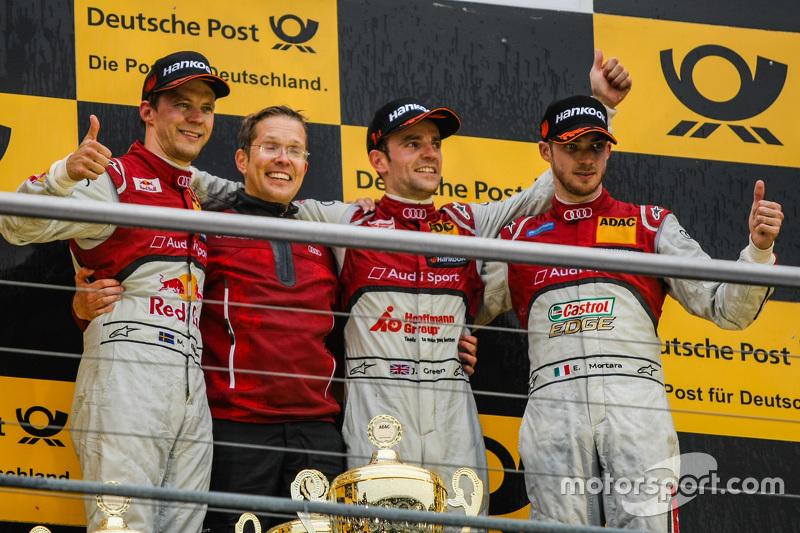 Подіум другої гонки: друге місце Маттіас Екстрьом, Audi Sport Team Abt Sportsline та переможець Джей