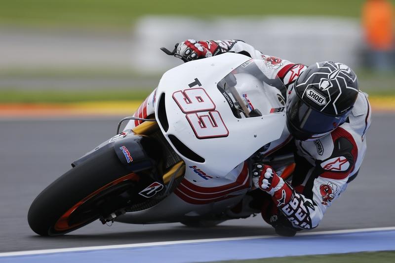2013: Debut sensasional, juara dunia termuda MotoGP