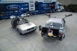 DeLorean Geleceğe Dönüş renk düzeniyle birlikte