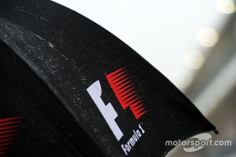 An F1 umbrella