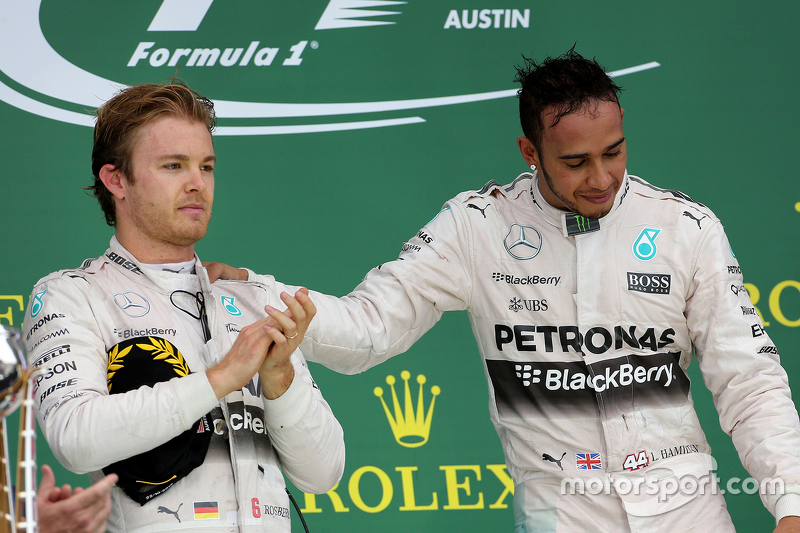 Podium: Second place Nico Rosberg, Mercedes AMG F1 Team and race winner and World Champion Lewis Hamilton, Mercedes AMG F1 Team