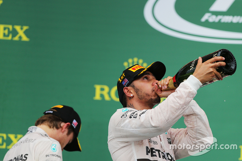 Podium: Race winner and World Champion Lewis Hamilton, Mercedes AMG F1, with second place Nico Rosbe
