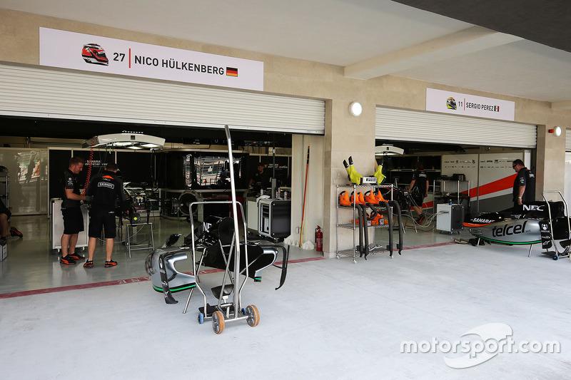 Sahara Force India F1 Team piut garages