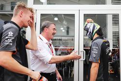 Nico Hulkenberg, Sahara Force India F1 con Nigel Mansell y Sergio Pérez, Sahara Force India F1 usan máscaras de lucha libre mexicana