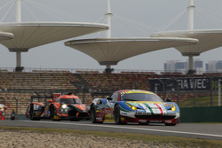 AF Corse车队51号法拉利458 GTE赛车:吉安玛利亚·布鲁尼、托尼·维兰德
