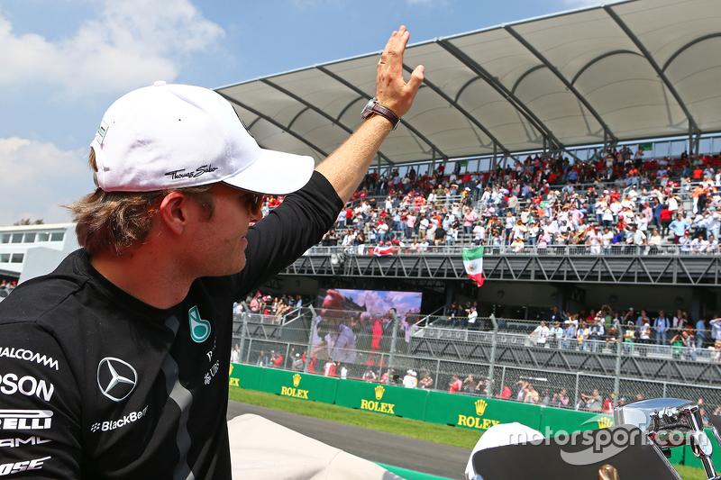 Ніко Росберг, Mercedes AMG F1 на параді пілотів.