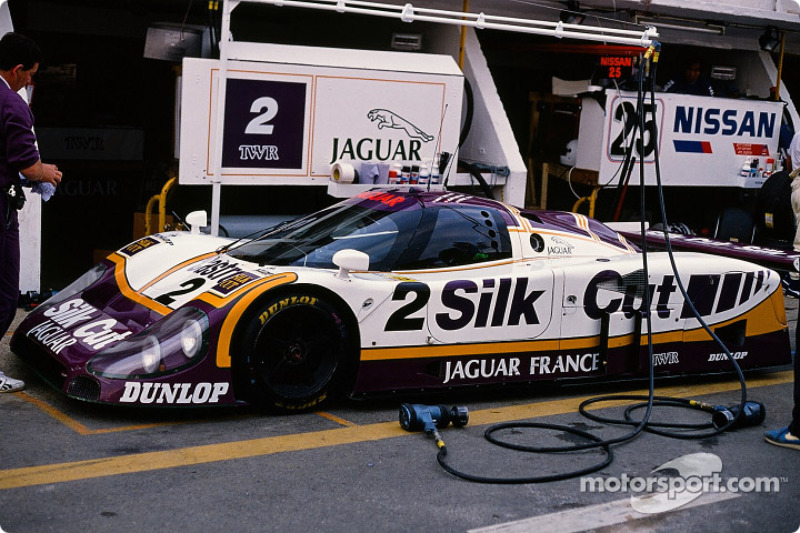 Silk Cut Jaguar Jaguar XJR9 LM : John Nielsen, Andy Wallace, Price Cobb