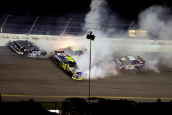 Ryan Newman, Jeff Gordon, Jimmie Johnson and David Gilliland crash