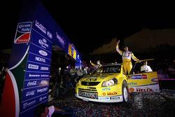 Per-Gunnar Andersson and Jonas Andersson, Suzuki World Rally Team, Suzuki SX4