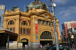Visit of Melbourne, Flinders Station