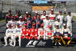 Foto de grupo de los pilotos de F1 de 2008