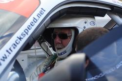 David Jones Ascari Team Eurotech Preci-Spark in pits