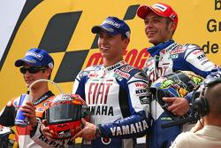 Podium : Jorge Lorenzo fête sa victoire aux côtés de Dani Pedrosa et Valentino Rossi