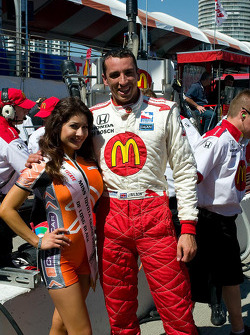 Justin Wilson with Miss Grand Prix of Long Beach