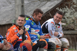 KTM team riders enjoy the weather, while waiting for the start