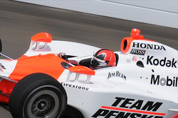 Helio Castroneves up close