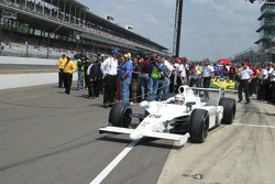 Graham Rahal pulls out to qualify