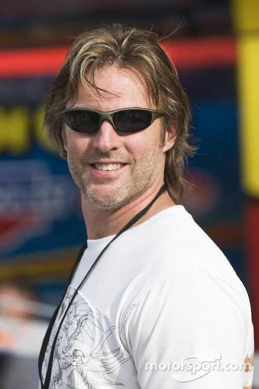 Darryl worley country singer