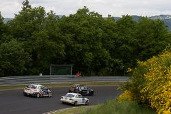 #67 BMW 130i: Heiko Hahn, Tom Robson, Kristian Vetter, #195 BMW 318is Coupé: Sebastian Krell, Jörg Krell, #125 Honda Civic Type R: Cyril Calbasi, Olaf Bendiken, Fabian Ottmann