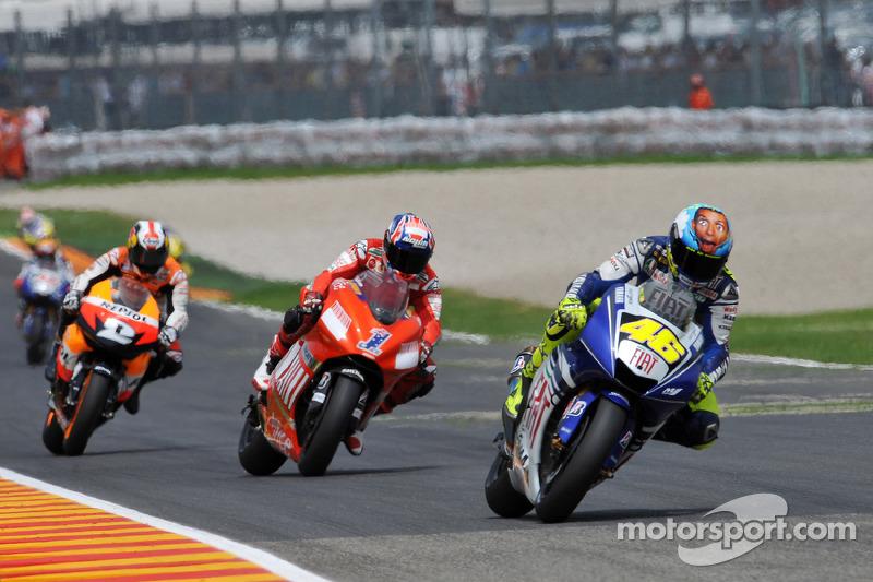 2008 - No topo do capacete, Rossi colocou uma foto dele mesmo - que, segundo o italiano, reflete como ele se sentia ao chegar na freada do final da reta dos boxes de Mugello - trecho em que os pilotos chegam em velocidades acima dos 320 km/h.