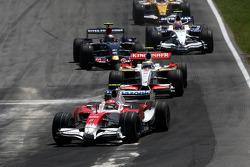 Timo Glock, Toyota F1 Team leads Giancarlo Fisichella, Force India F1 Team