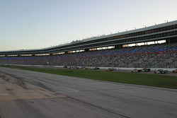 Pace laps for the Sam's Town 400