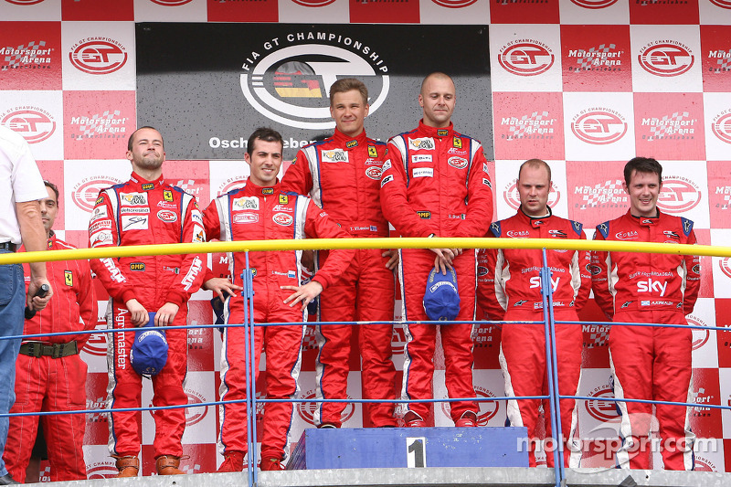 GT2 podium: class winners Toni Vilander and Gianmaria Bruni, second place Thomas Biagi and Christian Montanari, third place Andrew Kirkaldy and Rob Bell