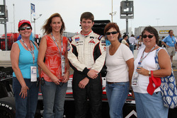 Fans meet drivers on pitlane