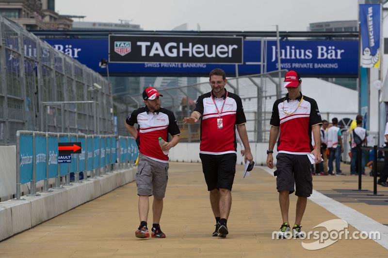 Нік Хайдфельд, Mahindra Racing та Bruno Senna, Mahindra Racing