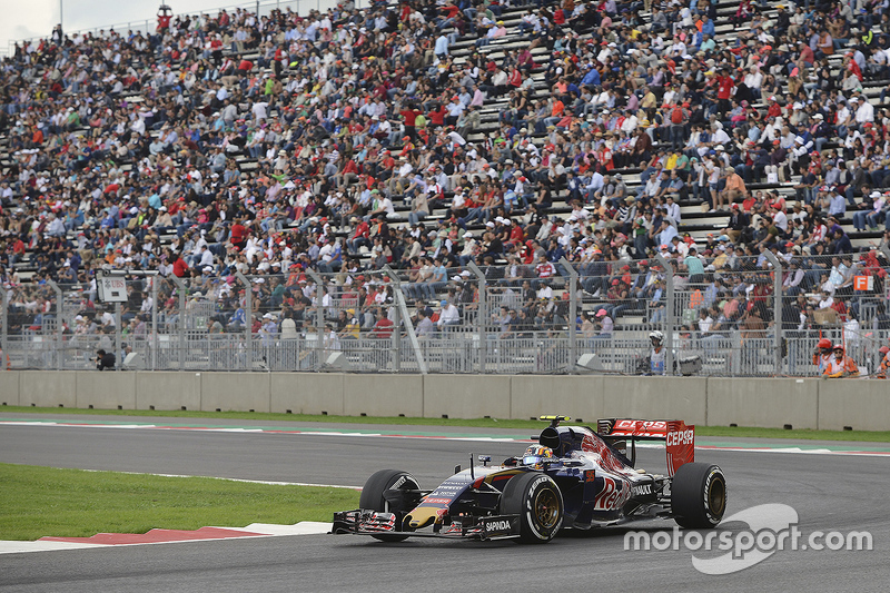 2015: Scuderia Toro Rosso STR10