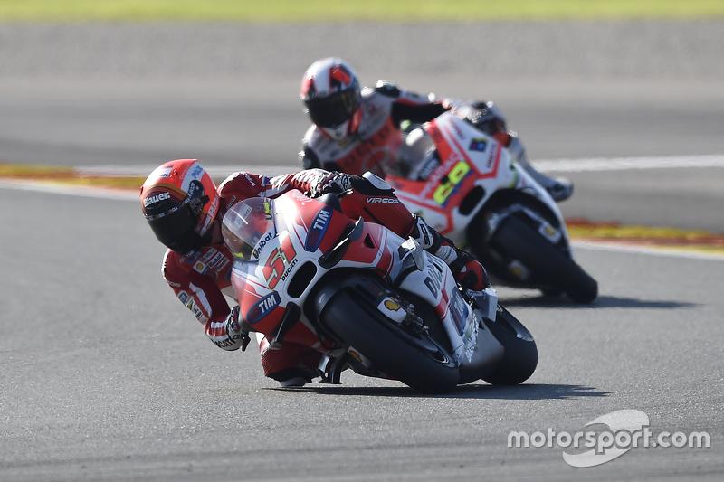 Мікеле Пірро, Ducati Team та Йонні Ернандес, Pramac Racing Ducati