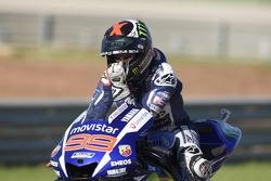Победитель и чемпион мира в классе MotoGP 2015 года - Хорхе Лоренсо, Yamaha Factory Racing