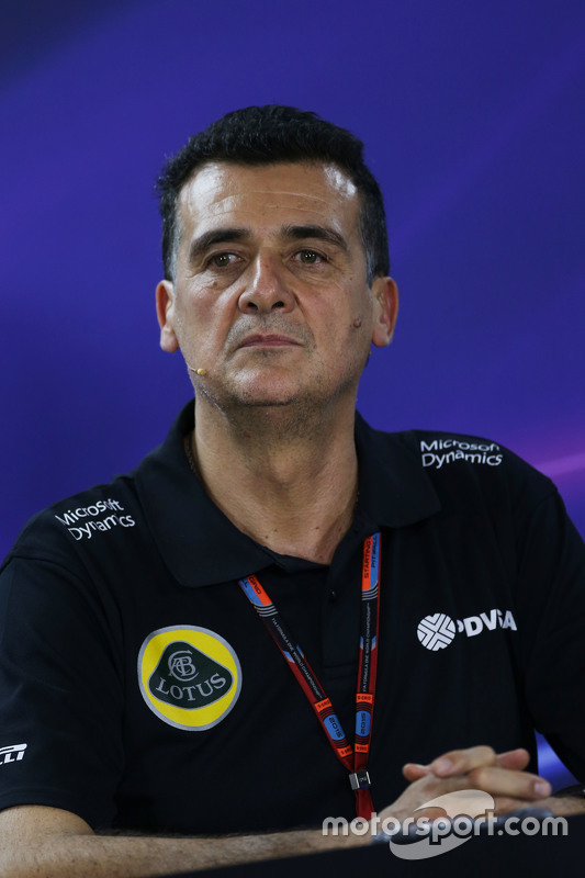 Federico Gastaldi, Lotus F1 Team Deputy Team Principal in de FIA persconferentie
