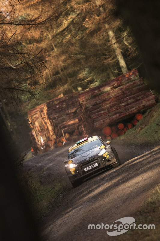 Lorenzo Bertelli en Giovanni Bernacchini, Ford Fiesta WRC