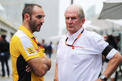 (L to R): Cyril Abiteboul, Renault Sport F1 Managing Director with Dr Helmut Marko, Red Bull Motorsport Consultant